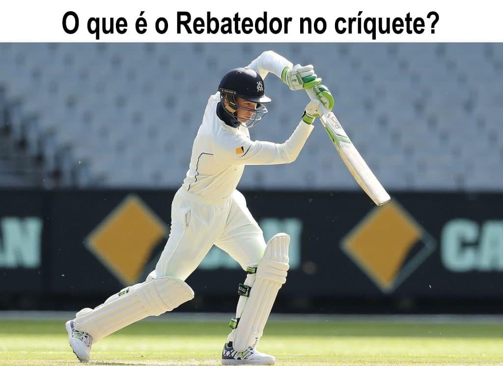 O que é o rebatedor no críquete