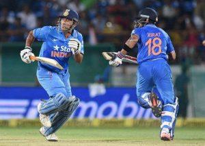 Críquete correndo entre os wickets