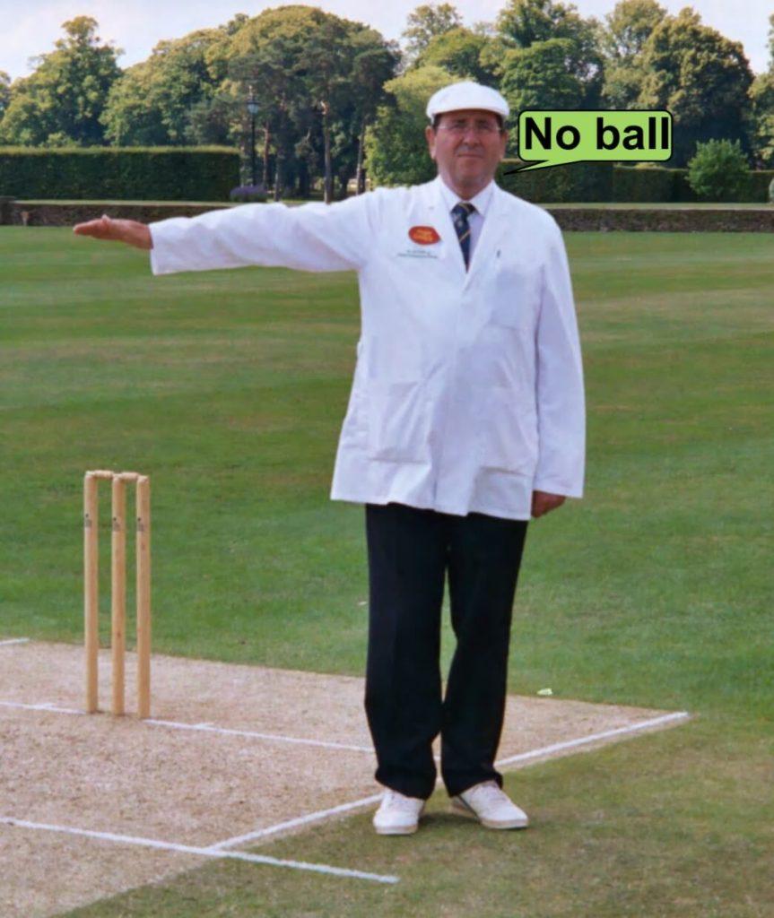 Extra no críquete, no-ball
