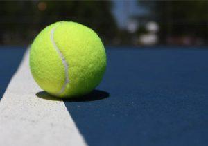 Pedindo bola fora no tênis